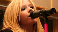 Avril starts off with new single 'Girlfriend'