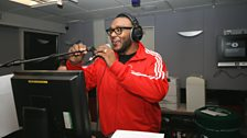 MistaJam opens the night and sets the rules of the clash