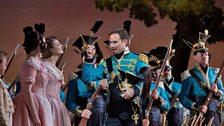 """Mariusz Kwiecien as Sergeant Belcore in Donizetti's """"L'Elisir d'Amore."""""""