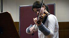 Veronika Eberle practising