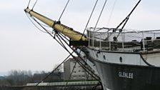 Toiseach a' bhata An Tall Ship