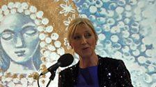 Cathy NicDhòmhnaill