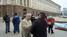 Interviewing pro-nuclear protestors in Sofia