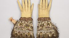 Embroidered gloves, c.1595-1605