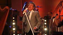 Rod soundchecks in the BBC Radio Theatre.