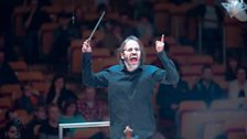 """Ilan Volkov conducts the world premiere of """"Geek"""" by John De Simone at the Tectonics Festival, Glasgow"""