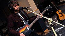 Jacco Gardner's bassist in session