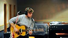 Jacco Gardner's guitarist in session
