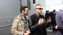 Macklemore & Ryan Lewis watching Phil & Alice's 'Thrift Shop' video
