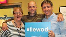 Caryl, Rhodri Llywelyn a Dafydd yn cefnogi'r Llewod