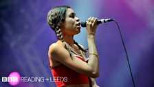 AlunaGeorge at Reading Festival 2013