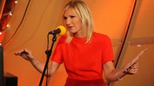 Jo Whiley chats away to Sir Terry