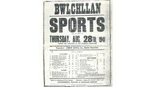 Roedd posteri 'Sports' Bwlchyllan yn Saesneg