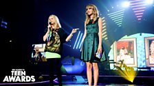 Taylor Swift and Fearne Cotton at Radio 1's Teen Awards 2013