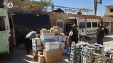 Unloading aid in Syria