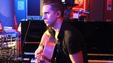 Ellie's guitarist