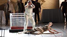 Simon Keenlyside as Wozzeck and Allison Cook as Margaret
