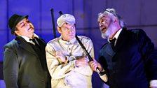 Gerhard Siegel as Captain, Simon Keenlyside as Wozzeck and John Tomlinson as Doctor