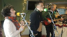 Deacon Blue live in session.