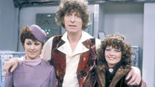 (L-R) Janet Fielding (Tegan),Tom Baker (the Doctor) and Sarah Sutton (Nyssa).