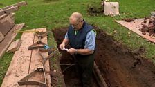 The ecologically friendly Gravedigger