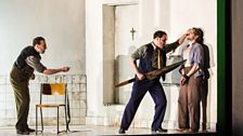 Richard Burkhard as Gardibaldo, John Mark Ainsley as Grimoaldo, and Iestyn Davies as Bertarido
