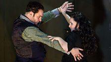 John Mark Ainsley as Grimoaldo and Rebecca Evans as Rodelinda