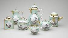 Meissen Porcelain Factory, tea, coffee and chocolate service, c.1725