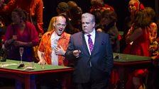 Christopher Maltman as Lescaut and Murizio Muraro as Geront de Revoir in Act I