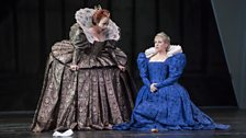Carmen Giannattasio as Elisabetta I and Joyce DiDonato as Maria Stuarda