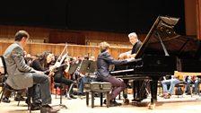 Pavel Kolesnikov with Vassily Sinaisky rehearsing Rachmaninov