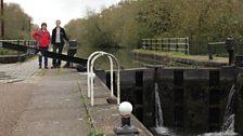 Helen Mark and Florence Salberter at Aqueduct Lock