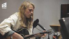 Marika Hackman in session