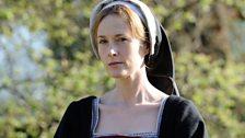 Liz Cromwell (Natasha Little)