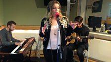Ella Henderson performing Mirror Man