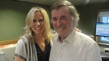 Vonda Shepard poses with Sir Terry