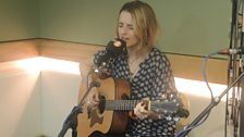 Greta Isaacs Live in Session