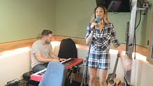 Alesha Dixon performs a lovely medley of music.
