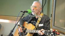 Graham Parker performs on Weekend Wogan