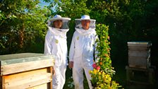 Helen with RHS Professor Ron Douglas discussing the UV eyesight of bees