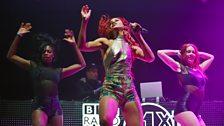Natalie La Rose rocking with 9000 somebodies in Leeds
