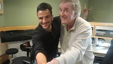 Peter Andre teaches Terry some of his faourite dance moves.