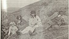 Alice with her parents and Moss, the dog