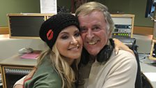 Anastacia and Sir Terry get close for their photo