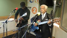 Billy Ocean performs live!