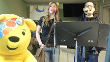 Paul Heaton and Jacqui Abbott sing live