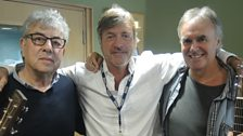 Graham Gouldman and Rick Fenn pose with Richard Madeley
