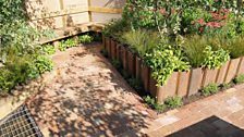 """Best Back to Back Garden - """"A Drop of Urban Green"""" designed by Hosta Consulting"""