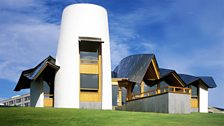 Frank Gehry's Dundee Maggie's Centre, finished building