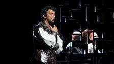 Jonas Kaufmann as Otello, Marco Vratogna as Iago and Maria Agresta as Desdemona